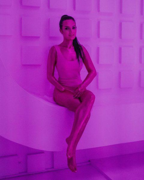 Рита Грачева порадовала подписчиков новыми фотографиями без протеза