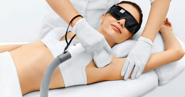 Лазерная эпиляция: радикальное удаление ненужных волосков навсегда и без боли