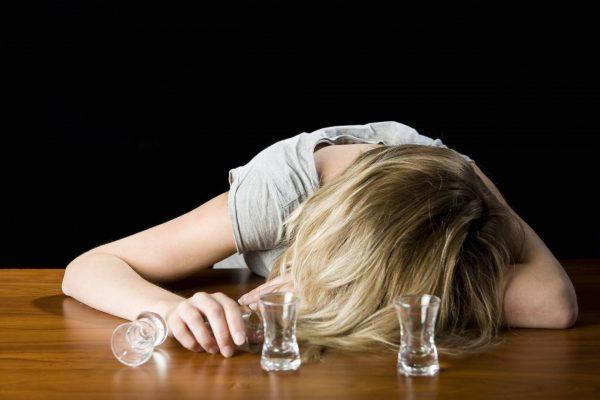 """""""Я не могла жить без алкоголя"""" - Советские актрисы, которые спивались на глазах"""