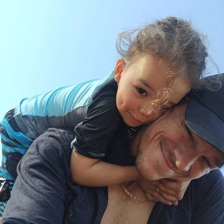 Райан Дорси с сыном Джози