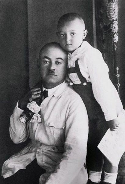 Владимир Этуш с отцом