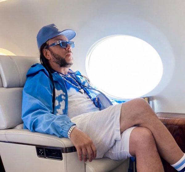 Филипп Киркоров срочно вылетает в Москву: отца госпитализировали