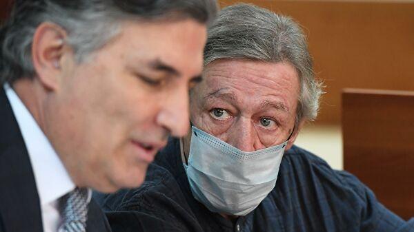 Ефремов с бывшим адвокатом Пашаевым