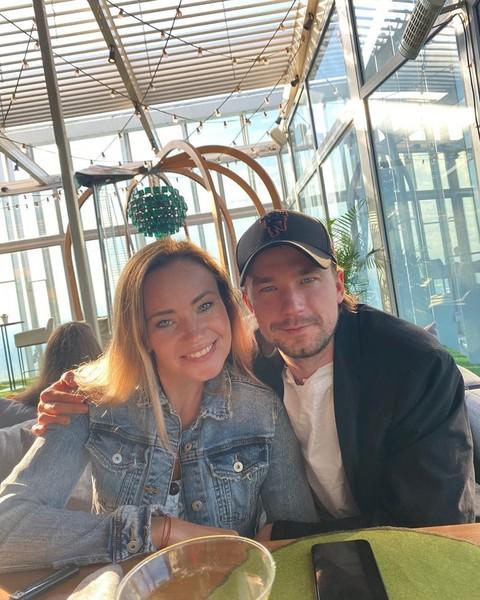 Саша Петров с сестрой Катей