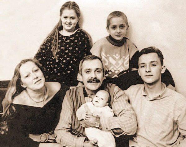Никита Михалков и его большая семья