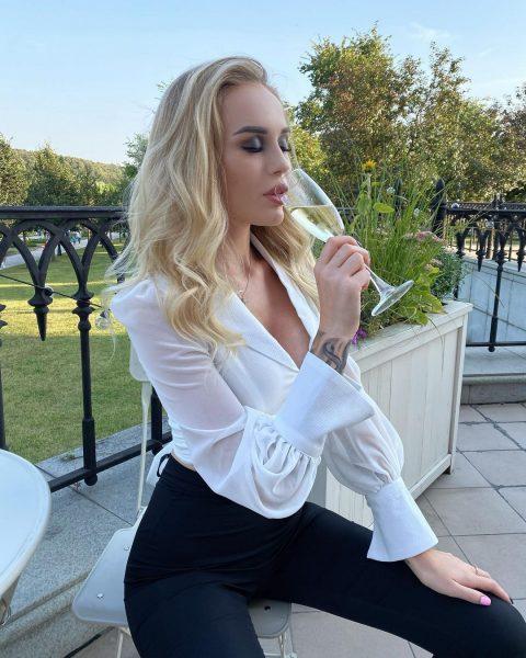 "Участница ""Дома 2"" покинула проект со скандалом"