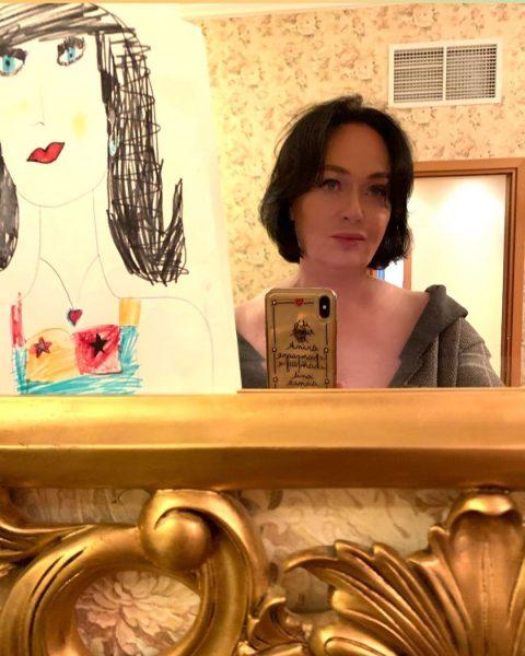 Лариса Гузеева рассказала, почему не носит маску