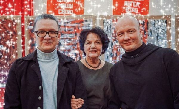 Братья Панфилова с мамой