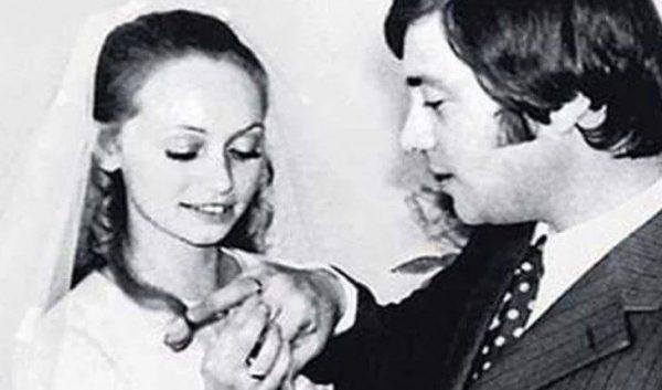 Валерий Харламов и Ирина Смирнова на свадьбе