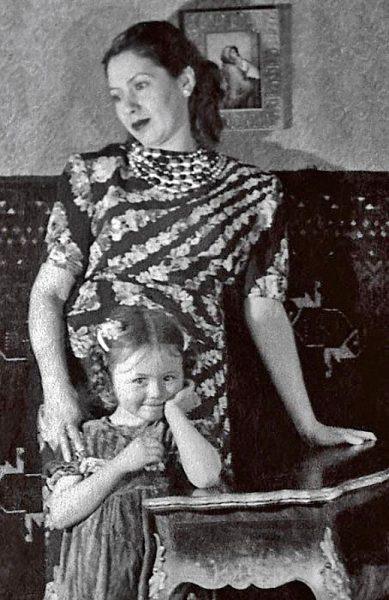 Наталья Селезнева с мамой