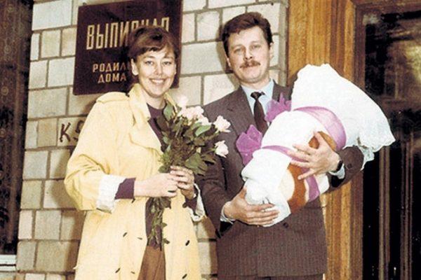 Наталья Хорохорина с мужем и дочкой