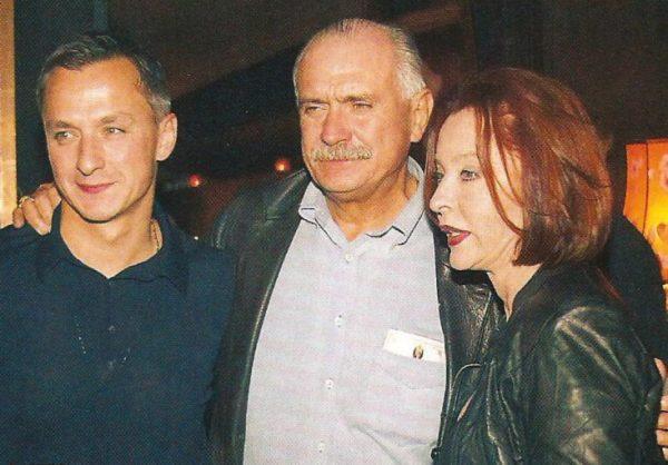 Анастасия Вертинская и Никита Михалков с сыном