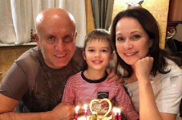 Ольга Кабо с бывшим мужем и сыном