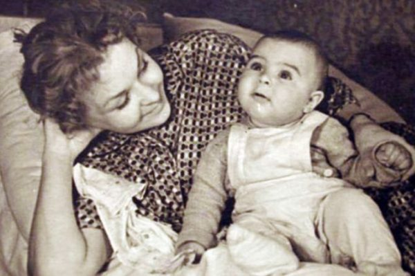 Вера Киселева с сыном Иваном