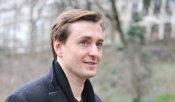 Сергей Безруков рассказал, как объявил о беременности жены