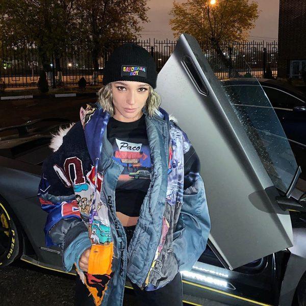 Настя Ивлеева заработала 142штрафа нановеньком Lamborghini Aventador