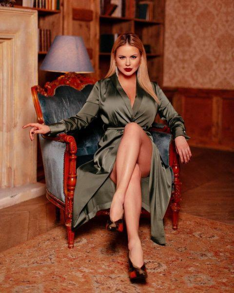 Певица Анна Семенович рассказала о своих пластических операциях