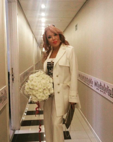 Азиза продала свадебное платье за 11 миллионов