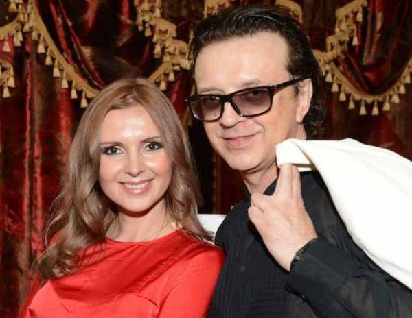 Рома Жуков хочет лишить экс-супругу родительских прав
