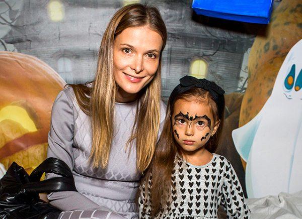 Светлана Иванова с дочкой