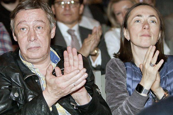 «Ждала приговора»: Адвокат Жорин объяснил, почему с Ефремовым разводится жена