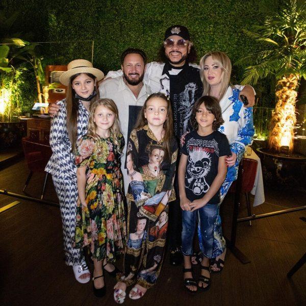 Киркоров с детьми и семьей Стаса Михайлова