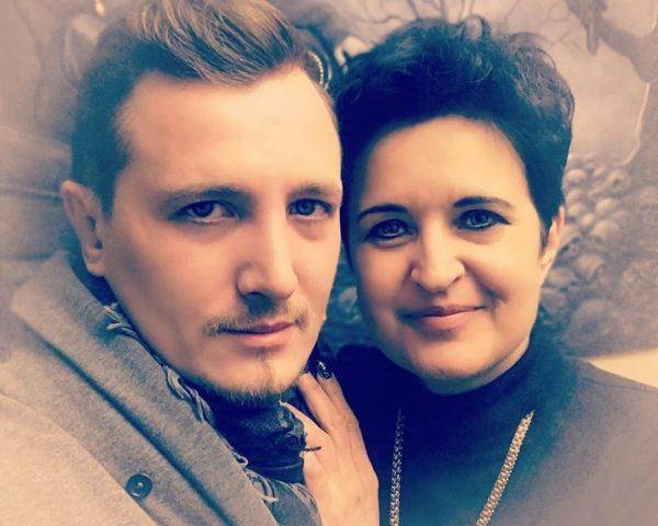 Елена Голунова с сыном Владом Кадони