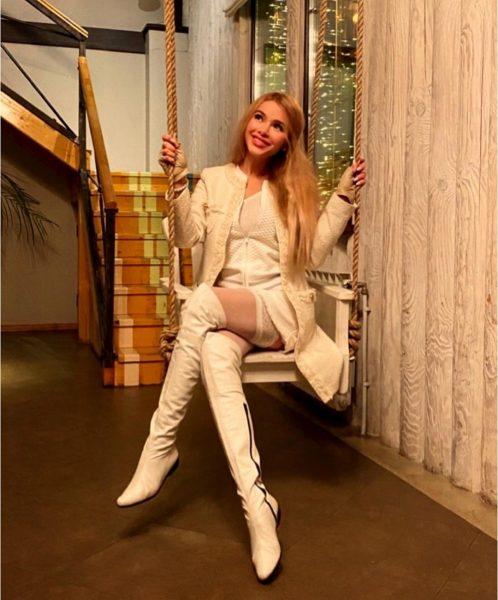 Алена Кравец призналась, что родила в 15 лет