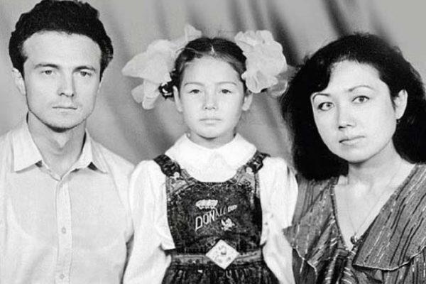 Утяшева с родителями