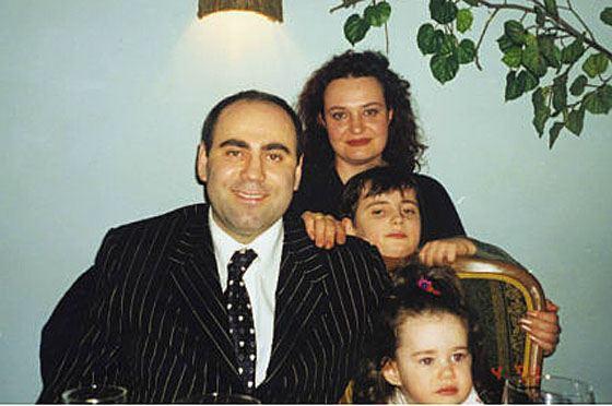 Иосиф Пригожин с первой женой Еленой и детьми