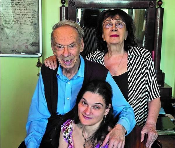 Алексей Баталов, Гитана Леоненко и дочь Маша