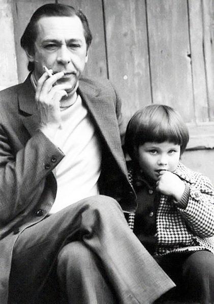 Олег Ефремов с дочерью Анастасией