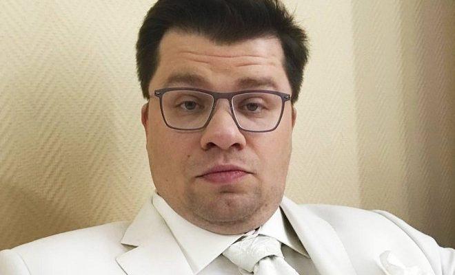 Скандал между Гариком Харламовым и Алексеем Паниным набирает обороты