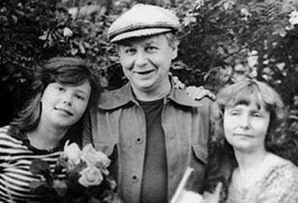 Олег Табаков, Людмила Крылова, Александра