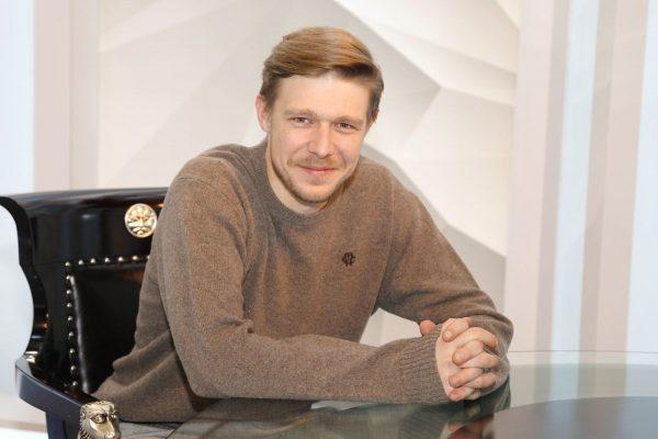 Никита Ефремов.