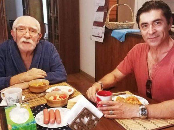 Армен Джигарханян, Степан Джигарханян