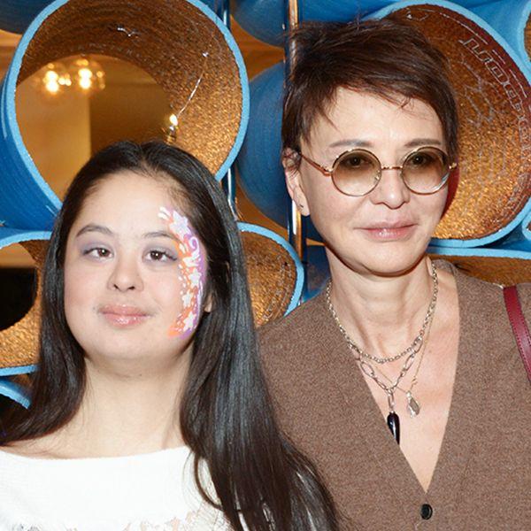Победив рак, «солнечная» дочь Ирины Хакамады пришла на шоу