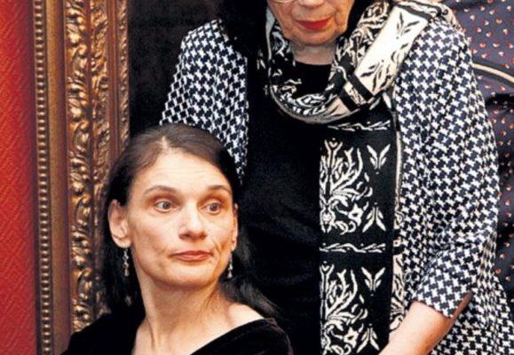 Обманутых вдову и дочь Баталова настигла новая беда