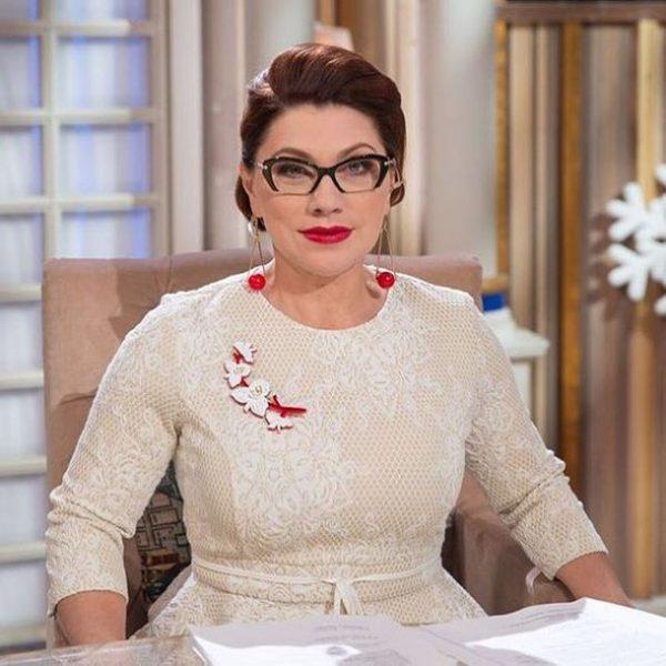 Роза Сябитова на съёмках шоу