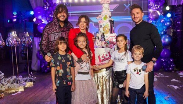 Ани Лорак, Филип Киркоров и Сергей Лазарев со своими детьми