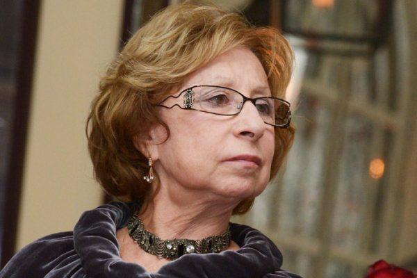 Лия Ахеджакова,