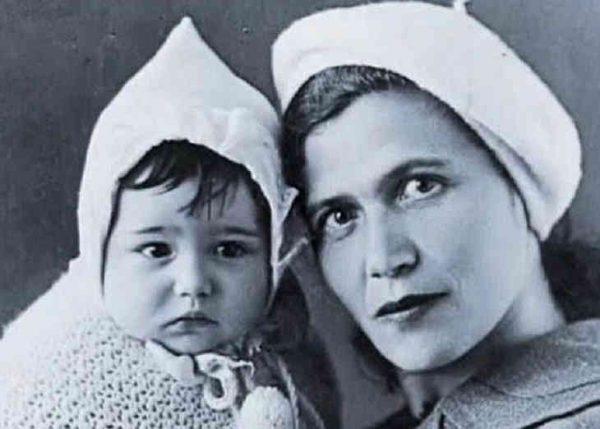 Евгений Петросян с мамой