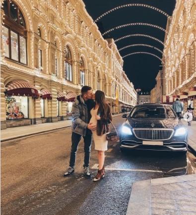 Невестка Валерии купила коляску по цене люксового автомобиля