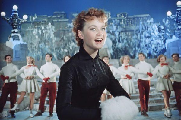 Людмила Гурченко поёт на съёмках картины