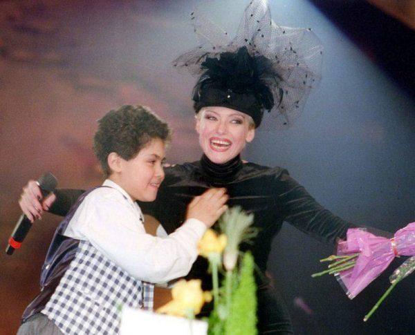 Ирина Понаровская с сыном,