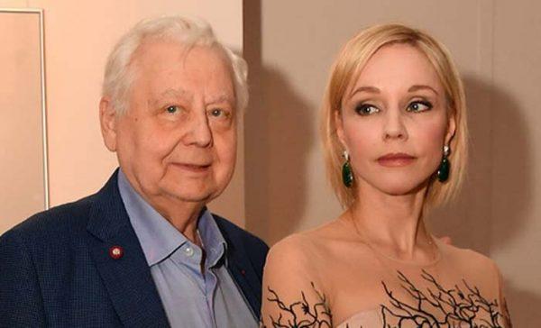 Олег Ефремов неодобрял отношений табакова с Зудиной