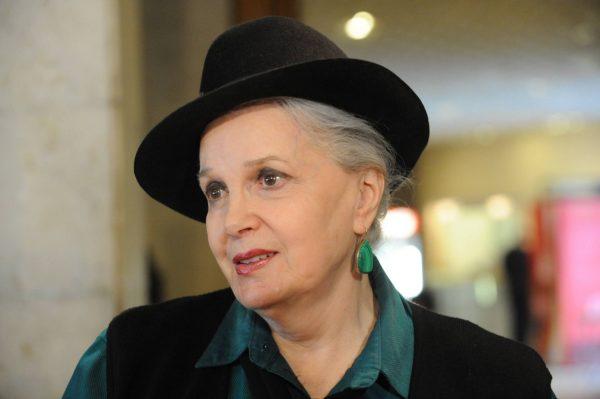 Элина Быстрицкая в шляпе