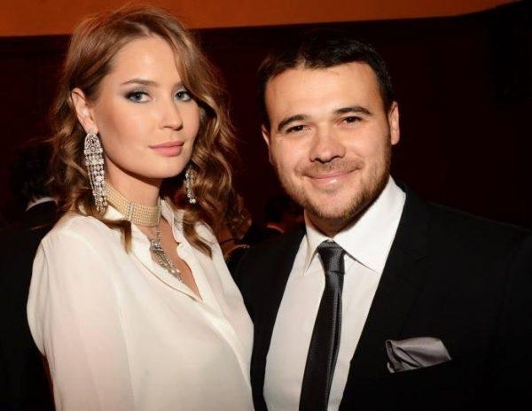 Эмин Агаларов проводит отпуск со своей бывшей супругой