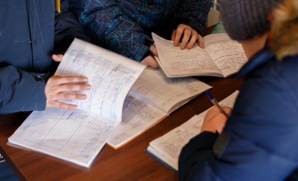 Челябинские школьники получают за пятерки шаурму