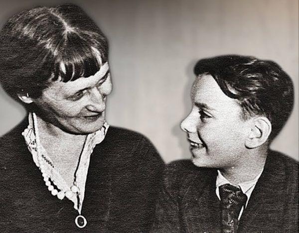 Алексей Баталов и Анна Ахматова